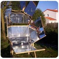 "El horno solar ""Atominique"" para latitudes europeas"